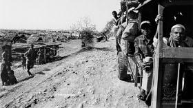 Greg Constantine - Exiled To Nowhere: Burma's Rohingya