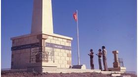 Vahap Avşar'ın Kayıp Gölgeler Sergisi