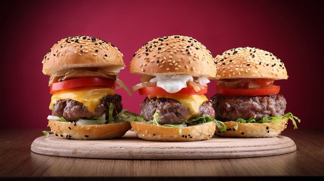 Ev Yapımı Burger Burger@'ten